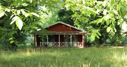 Zonguldak Filyos Ecopark'ta kahvaltı dahil 1 gece tek veya çift kişilik konaklama keyfi 180 TL'den başlayan fiyatlarla! Fırsatın geçerlilik tarihi için DETAYLAR bölümünü inceleyiniz.