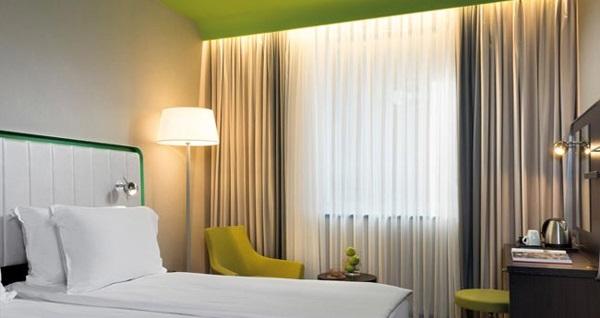 Park Inn by Radisson Istanbul Ataşehir'de çift kişilik 1 gece konaklama 209 TL'den başlayan fiyatlarla! Fırsatın geçerlilik tarihi için, DETAYLAR bölümünü inceleyiniz.