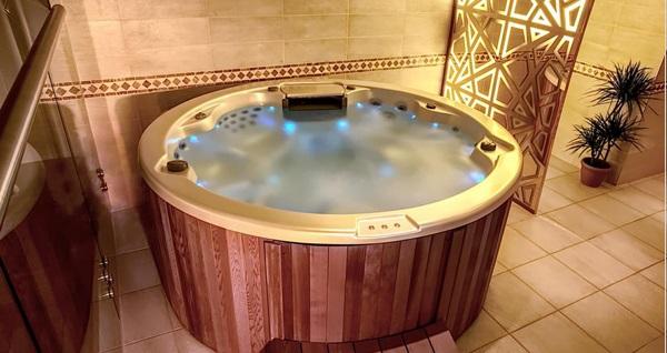 Grand Makel Hotel Topkapı Gold Spa'da ıslak alan kullanım dahil masaj ve  kese köpük uygulaması 95 TL'den başlayan fiyatlarla! Fırsatın geçerlilik tarihi için DETAYLAR bölümünü inceleyiniz.