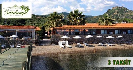 Assos Sardunya Butik Motel'de 1 gece YARIM PANSİYON konaklama keyfi 250 TL'den başlayan fiyatlarla! 12 Haziran 2015 tarihine kadar, haftanın her günü geçerlidir. Fırsata, 2 VEYA 3 kişilik 1 gece YP konaklama dahildir.