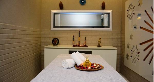 Çekirge Hotel Ferro Lavinya Day Spa'da masaj seçenekleri 59 TL'den başlayan fiyatlarla! Fırsatın geçerlilik tarihi için DETAYLAR bölümünü inceleyiniz.