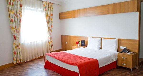 Elite Hotel Küçükyalı'da çift kişilik 1 gece konaklama seçenekleri 209 TL'den başlayan fiyatlarla! Fırsatın geçerlilik tarihi için DETAYLAR bölümünü inceleyiniz.