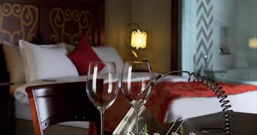 Girne The Arkın Colony Hotel'de Pegasus ile ULAŞIM DAHİL çift kişilik odalarda kişi başı YARIM PANSİYON konaklama seçenekleri 579 TL'den başlayan fiyatlarla! Fırsatın geçerlilik tarihi için, DETAYLAR bölümünü inceleyiniz.