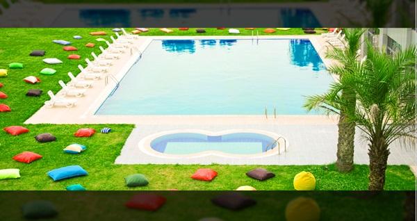 Gebze Life Port Hotel'de havuz girişi kişi başı 80 TL yerine 60 TL! Fırsatın geçerlilik tarihi için DETAYLAR bölümünü inceleyiniz.