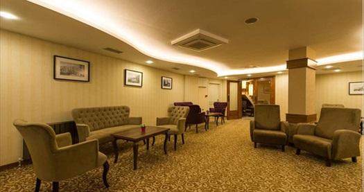 Çeşmeli Köşk Hotel Silivri'de tek veya çift kişilik kahvaltı dahil konaklama seçenekleri 179 TL'den başlayan fiyatlarla! Fırsatın geçerlilik tarihi için DETAYLAR bölümünü inceleyiniz.