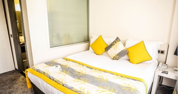 Çankaya'nın konfor noktası Koza Suite Hotel'de çift kişilik 1 gece konaklama keyfi 209 TL! Fırsatın geçerlilik tarihi için DETAYLAR bölümünü inceleyiniz.