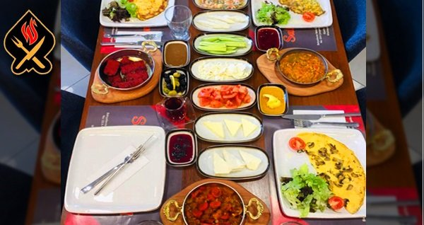 Saltanat Mangal Cafe Restoran'da 2 kişilik serpme Kars kahvaltısı 52 TL! Fırsatın geçerlilik tarihi için DETAYLAR bölümünü inceleyiniz.