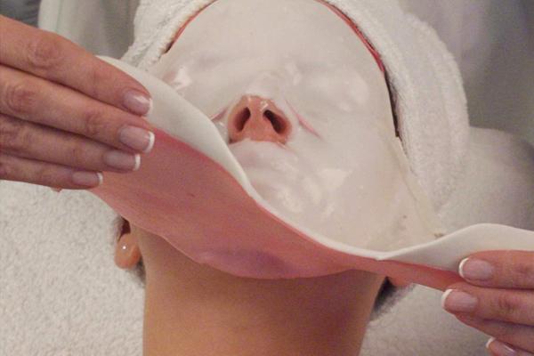 Почему альгинатная маска комками