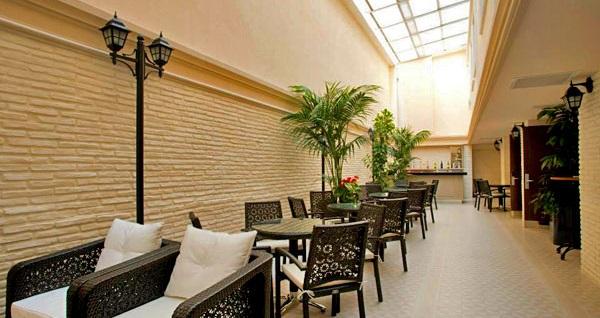 Nefes kesici Boğaz manzarasıyla Nidya Hotel Galataport'ta çift kişilik 1 gece konaklama ve spa keyfi 239 TL'den başlayan fiyatlarla! Fırsatın geçerlilik tarihi için DETAYLAR bölümünü inceleyiniz.