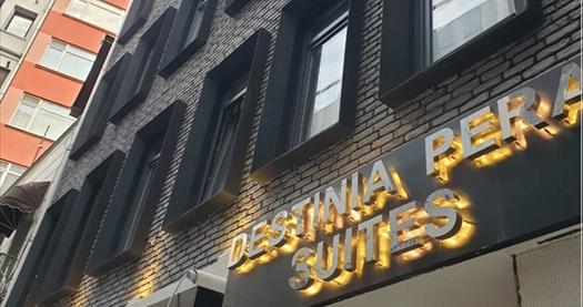 Destinia Pera Suites kahvaltı hariç tek veya çift kişi konaklama seçenekleri 139 TL'den başlayan fiyatlarla! Fırsatın geçerlilik tarihi için DETAYLAR bölümünü inceleyiniz.