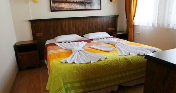Destina Suit Otel Bozcaada'da kahvaltı dahil çift kişilik 1 gece konaklama keyfi 189 TL! Fırsatın geçerlilik tarihi için DETAYLAR bölümünü inceleyiniz.