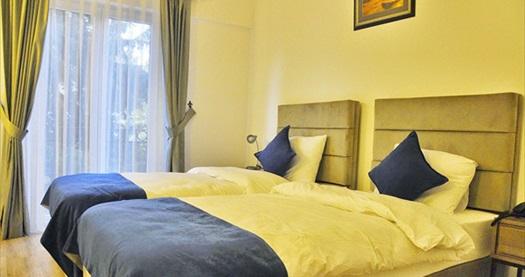 Kıbrıs Park Palace Hotel Kyrenia'da 2 gece ULAŞIM DAHİL kişi başı YARIM PANSİYON konaklama paketleri 459 TL'den başlayan fiyatlarla! Detaylı bilgi ve rezervasyon için hemen 0850 532 50 76 numaralı telefonu arayın!