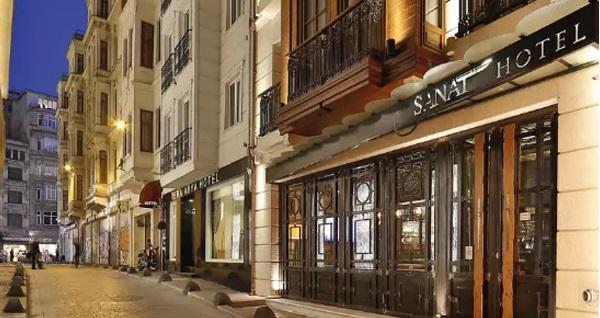 Sanat Hotel Pera'da açık büfe kahvaltı dahil çift kişilik 1 gece konaklama 199 TL! Fırsatın geçerlilik tarihi için, DETAYLAR bölümünü inceleyiniz.