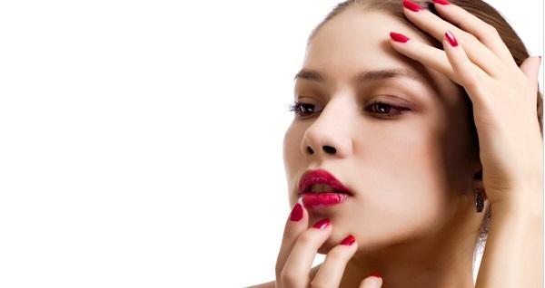 Lux Trend Nails'de kaş vitamini, ipek kirpik ve lash lifting uygulaması 95 TL'den başlayan fiyatlarla! Fırsatın geçerlilik tarihi için DETAYLAR bölümünü inceleyiniz.
