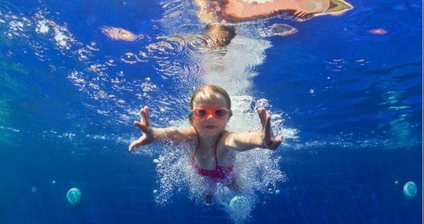 Aquababies İstanbul Maltepe ve Ispartakule'de bebeğinize özel yüzme dersi 250 TL yerine 150 TL! Fırsatın geçerlilik tarihi için DETAYLAR bölümünü inceleyiniz.