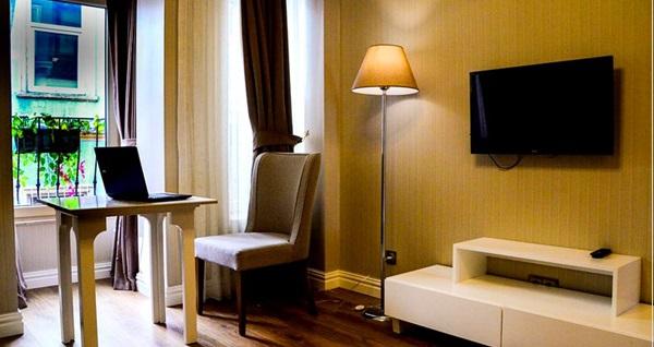Allegra Suites Galata'da deluxe odalarda tek veya çift kişi 1 gece konaklama 229 TL! Fırsatın geçerlilik tarihi için DETAYLAR bölümünü inceleyiniz.