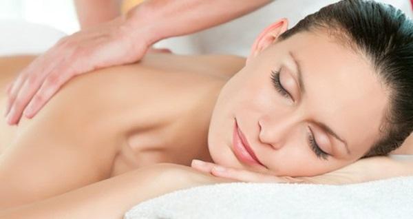 All Inn Hotel İnitium Spa'da 45 dakika İsveç, aroma terapi veya kese - köpük masaj seçenekleri 79 TL'den başlayan fiyatlarla! Fırsatın geçerlilik tarihi için DETAYLAR bölümünü inceleyiniz.
