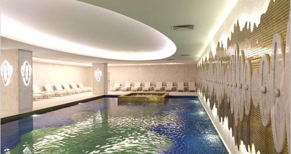 Beş yıldızlı Wyndham Grand İstanbul Kalamış Marina Hotel'de çift kişilik 1 gece konaklama seçenekleri 249 TL'den başlayan fiyatlarla! Fırsatın geçerlilik tarihi için DETAYLAR bölümünü inceleyiniz.
