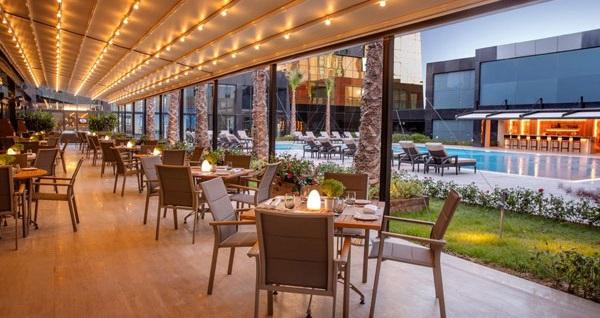 Burgu Arjaan & Tango Arjaan by Rotana'da akşam yemeği, konaklama ve spa seçenekleri 249 TL'den başlayan fiyatlarla! Fırsatın geçerlilik tarihi için DETAYLAR bölümünü inceleyiniz.