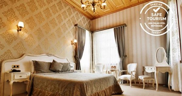 Ada Palas Büyükada Butik Otel'de çift kişilik 1 veya 3 gece konaklama seçenekleri