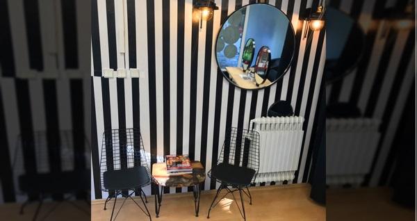 Olcay Güneş Ulus Wow Güzellik Salonu'ndan saçlarınıza özel kesim, nemlendirici bakım seçenekleri 69 TL'den başlayan fiyatlarla! Fırsatın geçerlilik tarihi için DETAYLAR bölümünü inceleyiniz.