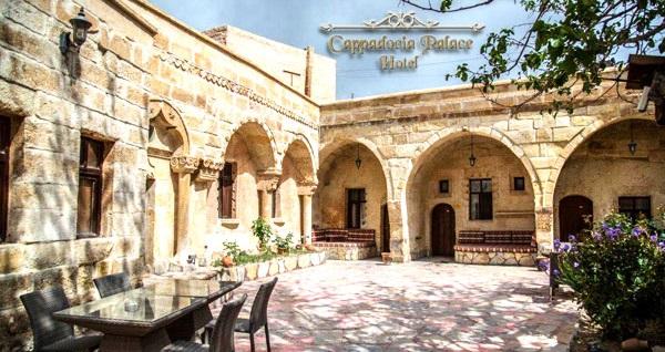 Ürgüp Cappadocia Palace Hotel'de kahvaltı dahil çift kişilik 1 gece konaklama 149 TL'den başlayan fiyatlarla! Fırsatın geçerlilik tarihi için, DETAYLAR bölümünü inceleyiniz.