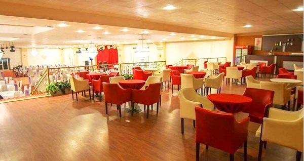 Mostarpark Restaurant'ta muhteşem doğa içinde enfes kahvaltı tabağı veya serpme kahvaltı menüsü 25 TL'den başlayan fiyatlarla! Fırsatın geçerlilik tarihi için DETAYLAR bölümünü inceleyiniz.