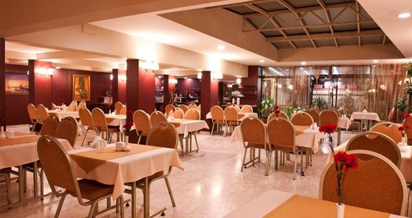 """Çekirge Boyugüzel Termal Hotel'de açık büfe kahvaltı dahil çift kişilik 1 gece konaklama ve termal keyfi 179 TL'den başlayan fiyatlarla! Fırsatın geçerlilik tarihi için DETAYLAR bölümünü inceleyiniz. Haftanın her günü geçerlidir. FIRSAT OPSİYONLARI ARASINDA FİYAT FARKI VARDIR. GÖRMEK İÇİN """"HEMEN AL""""A TIKLAYIN."""