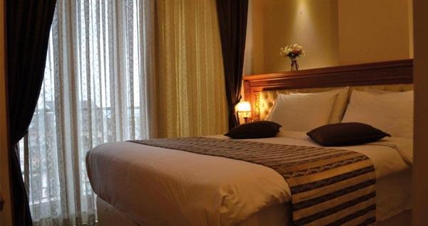 Seven Days Hotel'de kahvaltı dahil çift kişilik 1 gece konaklama