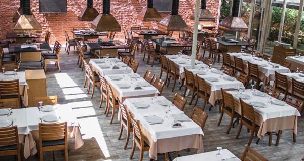 11 ayın sultanı Ramazan'da Ataköy Şirnaz Restaurant'ta enfes iftar menüsü 99 TL! Bu fırsat 6 Mayıs - 3 Haziran 2019 tarihleri arasında, iftar saatinde geçerlidir.