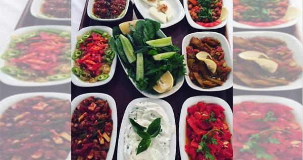 Çankaya Safie Meyhane'de yerli içecekli enfes menüler 79,90 TL'den başlayan fiyatlarla! Fırsatın geçerlilik tarihi için DETAYLAR bölümünü inceleyiniz.