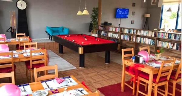 Didim Mavi Restaurant & Bistro'da 29 çeşitten oluşan zengin serpme kahvaltı kişi başı 40 TL yerine 24,90 TL! Fırsatın geçerlilik tarihi için DETAYLAR bölümünü inceleyiniz.