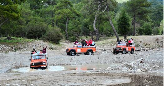 Enjoy Rafting'te öğle yemeği ve tüm ekipmanlar dahil Tazı Kanyonu ve Selge Antik Kenti jeep safari turu 179,99 TL! Fırsatın geçerlilik tarihi için DETAYLAR bölümünü inceleyiniz.