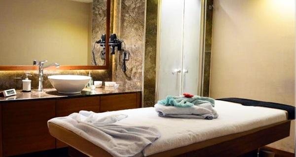 Sütlüce Beyoğlu Asil Spa'da 45 dakikalık uzakdoğu masaj seçenekleri ve ıslak alan kullanımı 99 TL! Fırsatın geçerlilik tarihi için DETAYLAR bölümünü inceleyiniz.