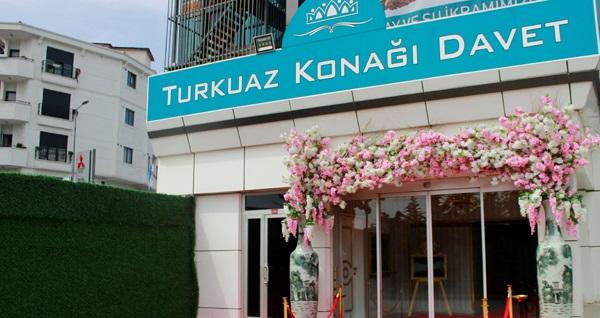 Turkuaz Konağı Davet'te lezzzet dolu iftar menüsü 59,90 TL! Bu fırsat 6 Mayıs - 3 Haziran 2019 tarihleri arasında, iftar saatinde geçerlidir.