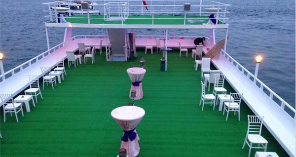Bosphorus Tekne Turu'nda kahvaltı menüsü 100 TL yerine 79,90 TL! Fırsatın geçerlilik tarihi için DETAYLAR bölümünü inceleyiniz.