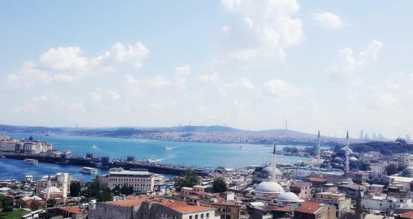 Cafe 90'lar Süleymaniye'de enfes manzara eşliğinde sahur menüsü 27,50 TL! Bu fırsat 6 Mayıs - 3 Haziran 2019 tarihleri arasında, SAHUR saatinde geçerlidir.