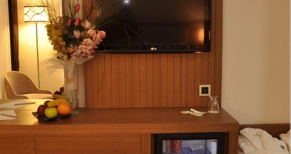 Taksim Line Hotel'de tek veya çift kişi 1 gecelik konaklama 269 TL! Fırsatın geçerlilik tarihi için DETAYLAR bölümünü inceleyiniz.