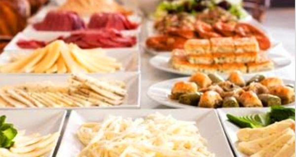 Karşıyaka Seç-Tart Restorant'ta tadına doyamayacağınız açık büfe kahvaltı keyfi 40 TL yerine 21,90 TL! Fırsatın geçerlilik tarihi için DETAYLAR bölümünü inceleyiniz.