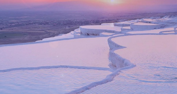 2 gün 1 gece konaklamalı 'Lavanta Tarlaları - Salda Gölü - Pamukkale Turu' Malitur ile (kişi başı) 369 TL! Tur kalkış tarihleri için, DETAYLAR bölümünü inceleyiniz.