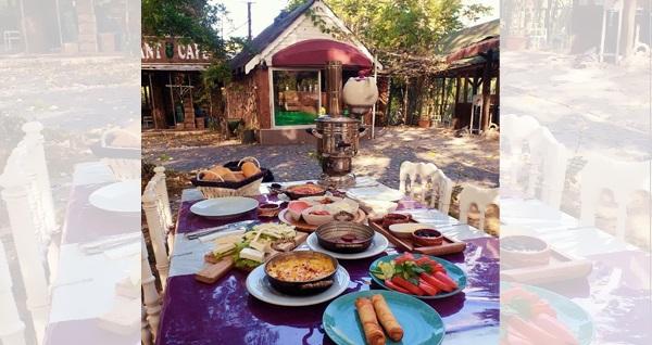 Belgrad Ormanı'nın eşsiz havasında Kemer Garden'da kahvaltı keyfi 39,90 TL! Fırsatın geçerlilik tarihi için DETAYLAR bölümünü inceleyiniz.