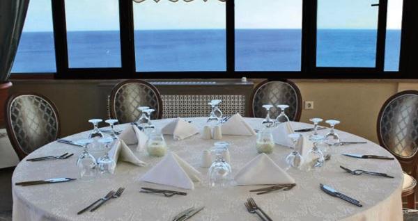 Silivri Hotel Selimpaşa Konağı'nda çift kişilik 1 gece konaklama ve spa kullanımı 175 TL! Fırsatın geçerlilik tarihi için DETAYLAR bölümünü inceleyiniz.