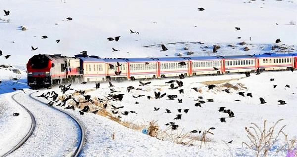 4 gece 5 gün tren ve uçak bileti dahil Doğu Ekspresi ile Kars Turu Hitit Tur güvencesi ile 1.799 TL'den başlayan fiyatlarla! Fırsatın geçerlilik tarihi için, DETAYLAR bölümünü inceleyiniz.