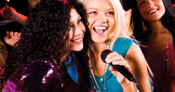 Salsanat Karaoke'de 1 yerli içecek dahil giriş 75 TL yerine 29 TL! Fırsatın geçerlilik tarihi için DETAYLAR bölümünü inceleyiniz.