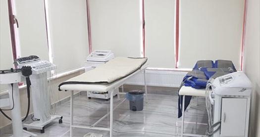 Özlüce Esteticcenter'da 1 seans G5 masajı, 1 seans toksin atma masajı ve 1 seans ayak refleksoloji masajı 300 TL yerine 99 TL! Fırsatın geçerlilik tarihi için DETAYLAR bölümünü inceleyiniz.