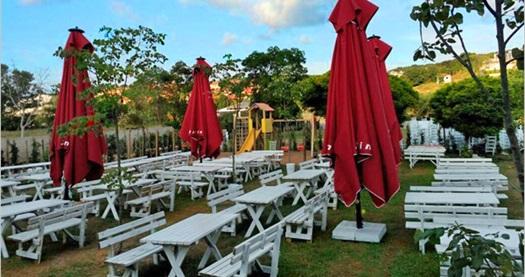 Sıcak bir ortam, özenli bir hizmet ve misafirperverlik! Jardin Zekeriyaköy'de iftar menüsü 39 TL! 18 Haziran-16 Temmuz 2015 tarihleri arasında, iftar saatinde geçerlidir.