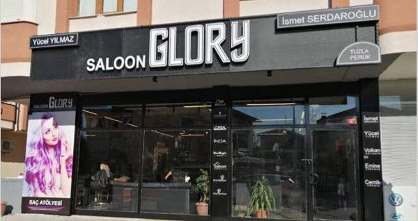 Tuzla Saloon Glory'de kalıcı makyaj, kaynak ve saç uygulamaları! Fırsatın geçerlilik tarihi için DETAYLAR bölümünü inceleyiniz.