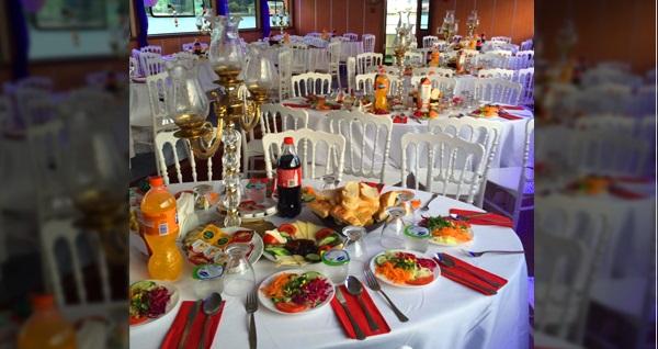 Canart Organizasyon farkıyla Boğaz gezintisi eşliğinde enfes iftar menüsü 55 TL! Bu fırsat 6 Mayıs - 3 Haziran 2019 tarihleri arasında, iftar saatinde geçerlidir.