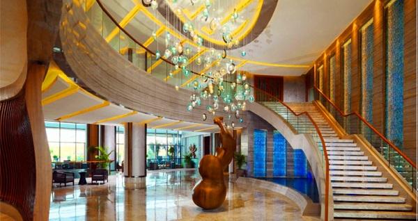 Sheraton Grand Adana Hotel'de çift kişilik 1 gece konaklama seçenekleri 322 TL'den başlayan fiyatlarla! Fırsatın geçerlilik tarihi için DETAYLAR bölümünü inceleyiniz.