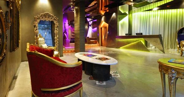 Pera Tulip City Hotel Taksim'de kahvaltı dahil tek veya çift kişilik 1 gece konaklama 249 TL! Fırsatın geçerlilik tarihi için DETAYLAR bölümünü inceleyiniz.